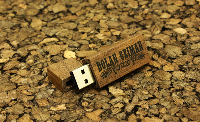 Dolan Geiman WDR1 Wooden USB Drives 2