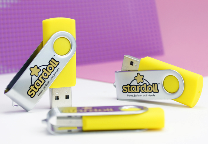 Stardoll Flash Drive